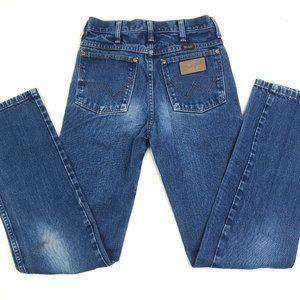 Wrangler Medium Wash Straight Leg Jeans Size 27